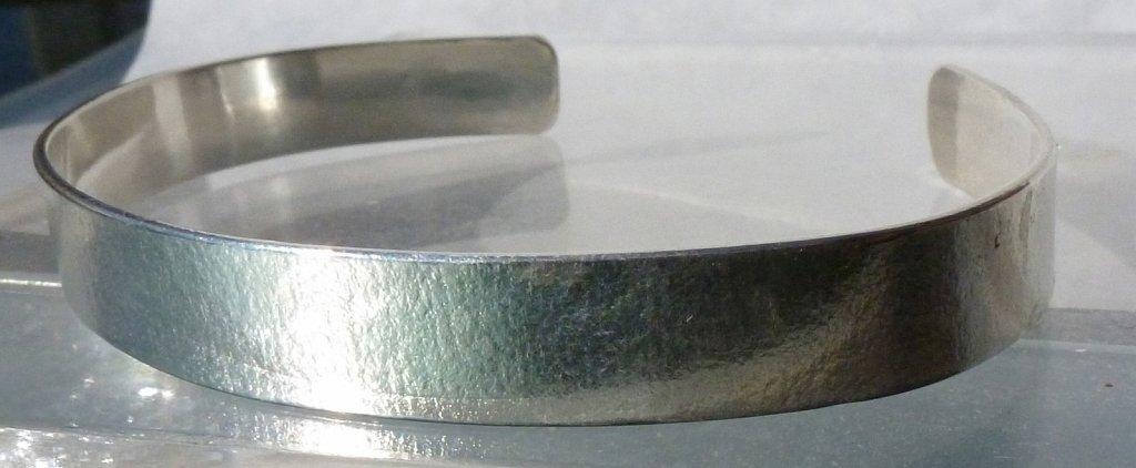 2011-11-Textured-cuff-2.jpg